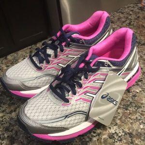 Shoes - ASICS GT-2000 5 midgrey/white/pink